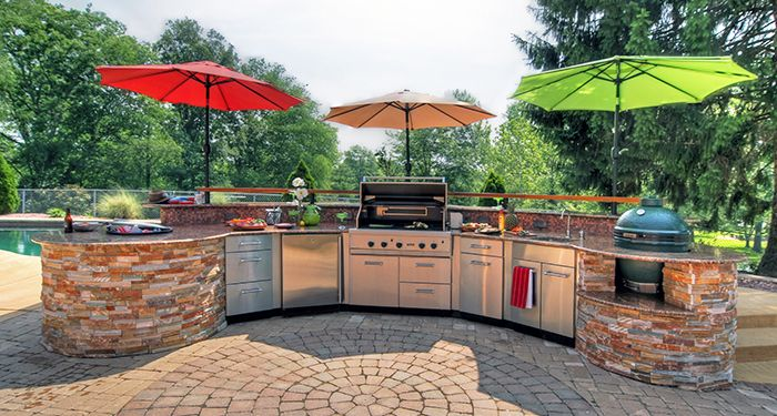 An Outdoor Kitchen Is Just One Of The Tips Of How To Create The Perfect Party Patio Outdoor Kitchen Outdoor Kitchen Design Outdoor Kitchen Appliances