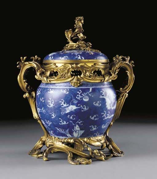 Chinese Porcelain from the Kangxi Period - early 18th c. - From the boudoir of Marie Antoinette