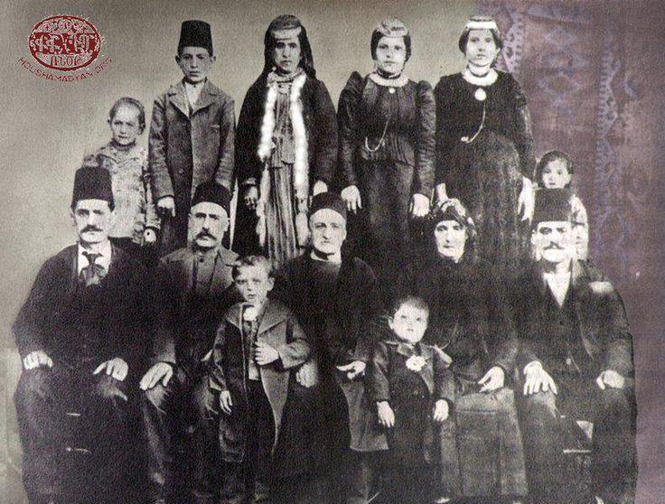 """""""Yozgat,1915 Ermeni Soykırımı'nda 70 evden piyano çıkan bir yer; şimdiyse milletvekili olarak Bekir Bozdağ çıkıyor."""" Murathan Mungan"""