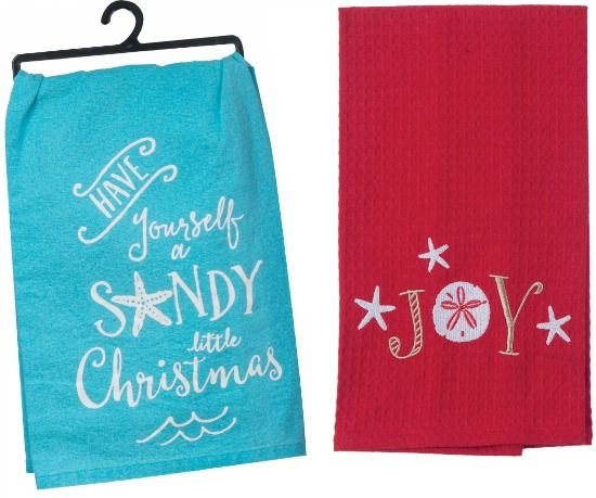 Blue and Red Beach Christmas Kitchen Towels.... http://www.beachblissdesigns.com/2016/11/beach-christmas-kitchen-towels-with-sayings.html
