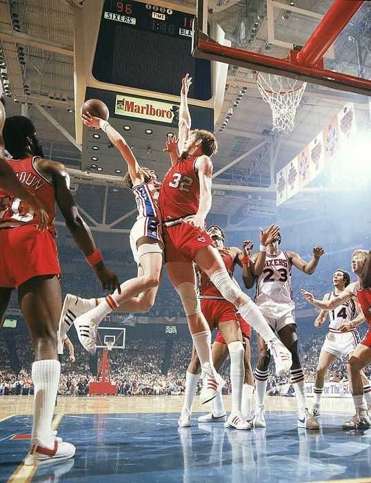 Bill Walton & The Portland Trailblazers beating the Philadelphia 76ers...