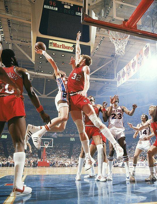 Bill Walton & The Portland Trailblazers beating the Philadelphia 76ers...