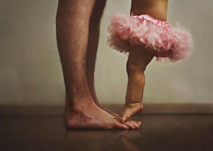 Seleção de fotos demonstram o amor que pais sentem por suas filhas   Estilo