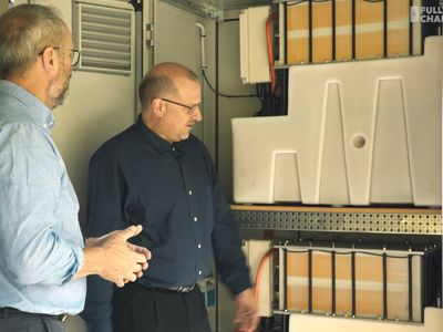 Using residential-scale flow batteries to ease solar's impact on the grid