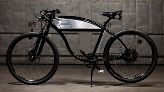 Like the electric car, e-bikes continue to evolve and change as newer technologies and materials become available. But for some designers, the best formula resides not in the future, but in the past. For Derringer Cycles, 1920s board-track racers are the inspiration behind its new electric bikes.