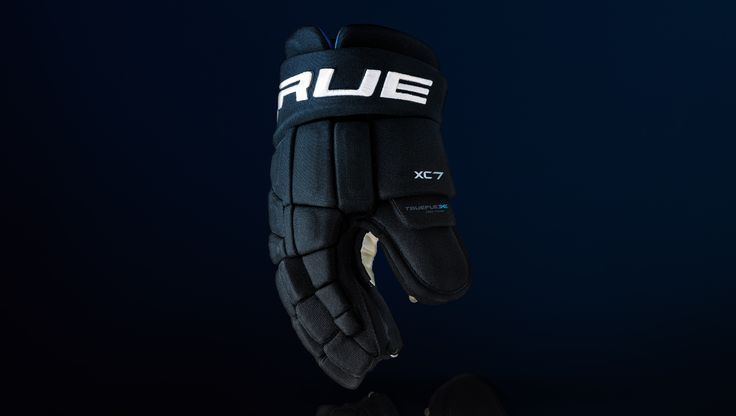 Provides a snug fit against players' hands, providing optimal control.