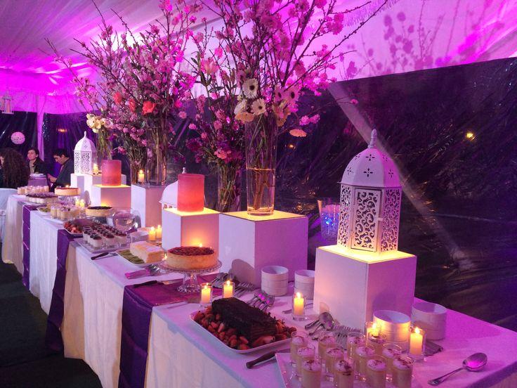 Purple Romantic wedding organised by BANQUETES BUNSTER!  Hermoso buffet de postres en tonos lilas, organizado por la empresa Chilena BANQUETES BUNSTER!