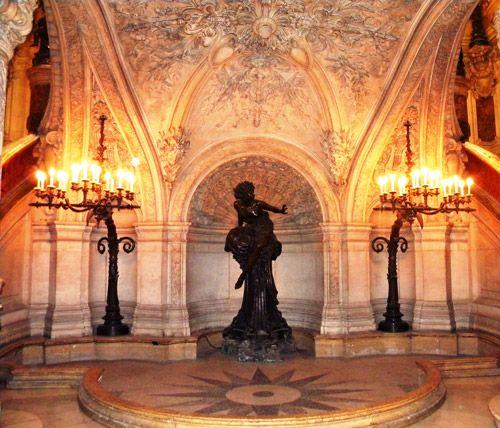 """""""Marcello"""", La Pythie, 1870, bronze, Opéra Garnier, Paris"""