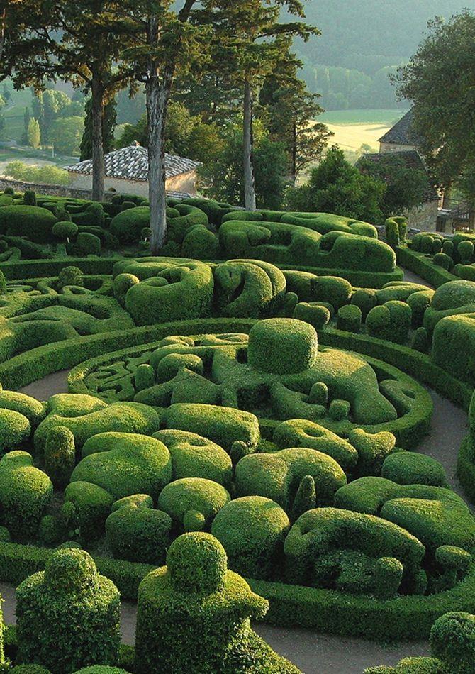 Les Jardins de Marqueyssac, Perigord, France.