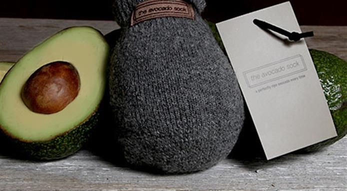 Jeśli ciągle poszukujesz prezentu pod choinkę i akurat masz nim obdarować miłośnika jedzenia, to podsuwamy Ci kilka pomysłów. http://exumag.com/najbardziej-trafione-prezenty-dla-foodiesow/