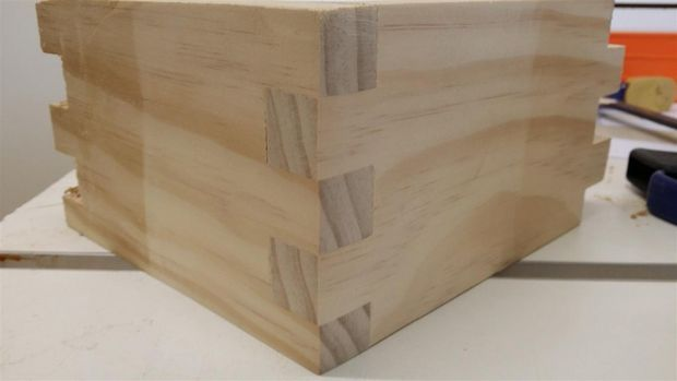 Super Simple Single Blade Box Finger Joint Jig Box