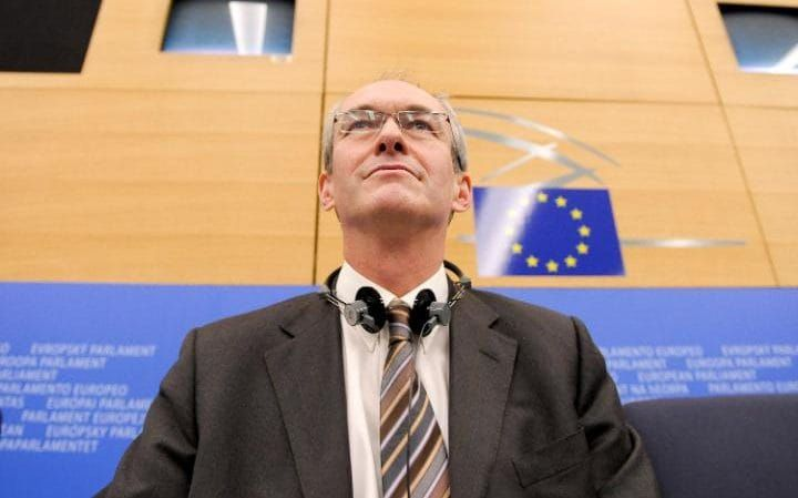 12/18/16 Exposed: Labour's Brexit betrayal as deputy leader in Brussels deletes lines from key report in 'sneaky' attempt to water down EU terms  Richard Corbett is Labour's deputy leader in the European Parliament