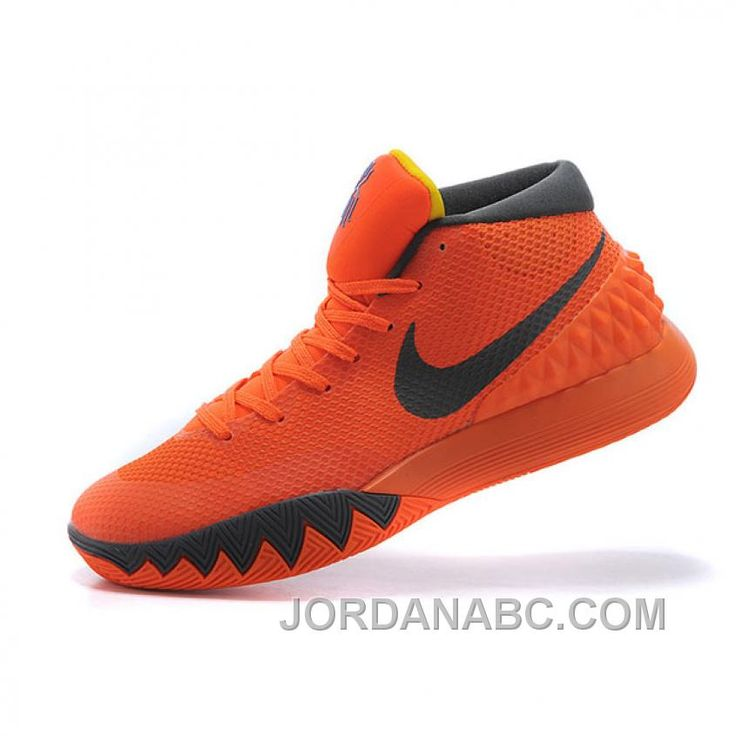 new product 9706e f29cb Best 25+ Kyrie irving shoes ideas on Pinterest   Kyrie irving 2, Kyrie  irving sneakers and Kyrie irving basketball shoes