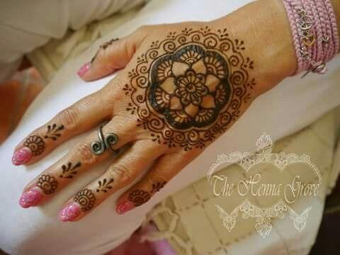 #mandala #mehndi #henna