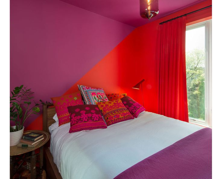 purple and red bedroom with bold paint design. Brooklyn Brownstone – Jessica Helgerson Interior Design