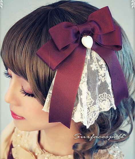 British Pear And Freesia Refracta Heart-shaped Pendant Dual Clip Lolita headdresses