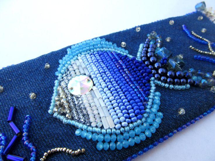 Джинсовый браслет с рыбкой Браслет из голубой джинсы Вышитый браслет Голубой…
