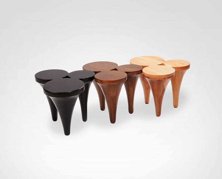 Mesa Chipre side tables
