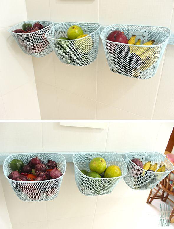 How to Make a Fruit Bowl with Bicycle Bins // Como fazer uma fruteira de parede com cestinhas de bicicleta