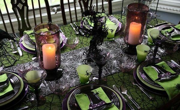 Angstmachende halloween tischdekorationen und seltsame bar - Tischdekoration halloween ...