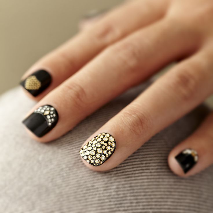 Accent your mani with golden celeb-status style! #NailStickers #AccentNails