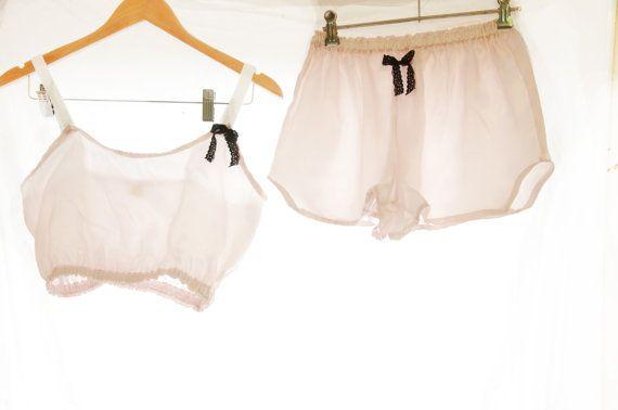 Rose Satin Seide Schlaf Set ~ Black Tie Sammlung ~ Frauen Schlaf Set Pyjama Damen Nachtwäsche Französisch Schlüpfer Bralette Pyjama schlafen rosa
