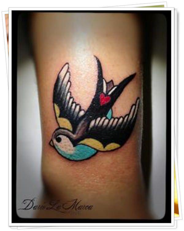 53 Escuela Viejo tatuaje El Nuevo y el Viejo - Tatuaje Club