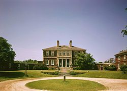 Mount Airy, 1758-62, richest plantation owner in VA @ the time, neb-palladian
