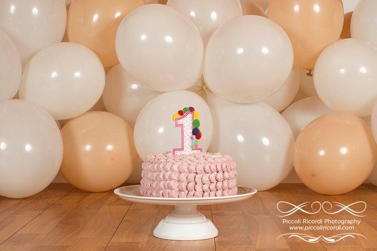 Il primo compleanno di Martina! - Fotografo Cake Smash Milano  Piccoli Ricordi Photography www.piccoliricordi.com  #cakesmash #smashcake #cake #smash