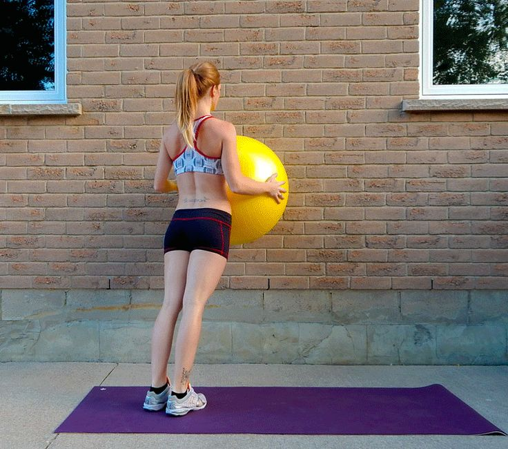 Crazy Sore Calves & Core {Stability Ball Interval Workout}    lushiousLIFTS.com