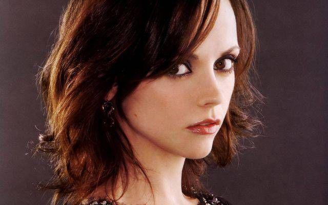 36歳のクリスティーナ・リッチ、以前より美しいと絶賛