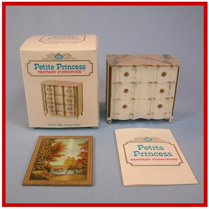 "Petite Princess Doll House Miniature #4420-6 Palace Chest & Picture with Box by Ideal 1964 1"" Scale Dollhouse Furniture"