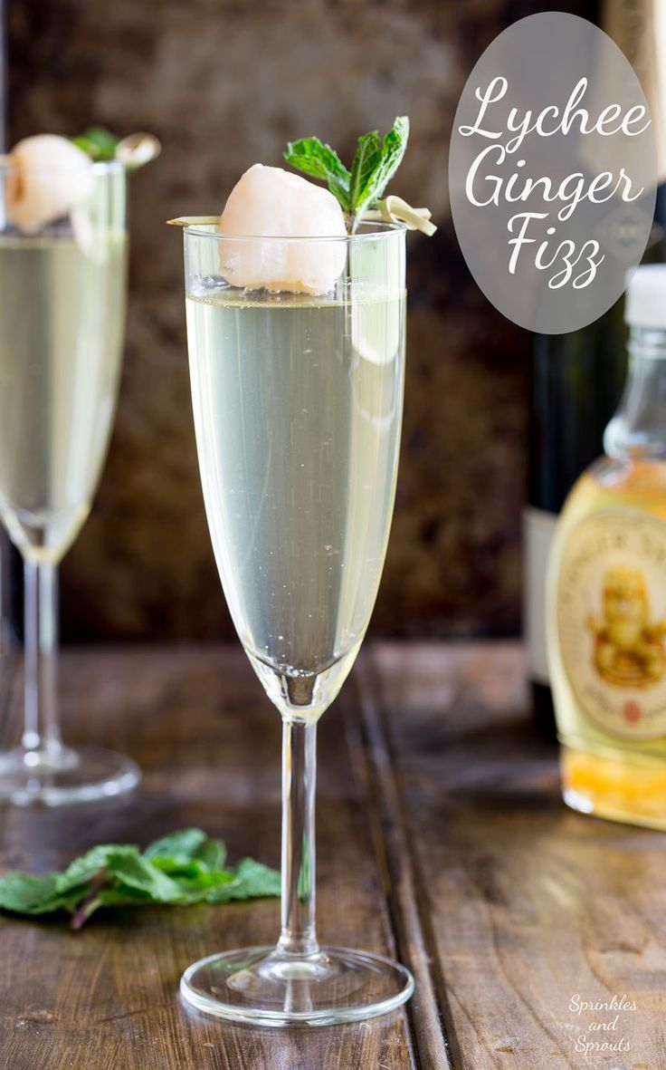 Lychee Ginger Fizz. An amazingly refreshing yet warming cocktail that is perfect for the Christmas/holiday season!