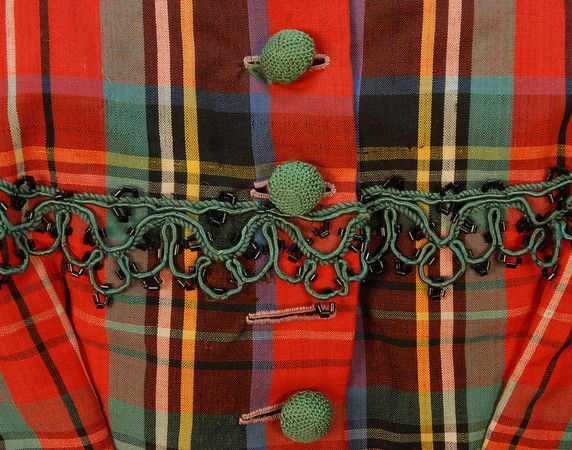 Bodice Detail - Red & Green Plaid! 1860-60s two piece dress.