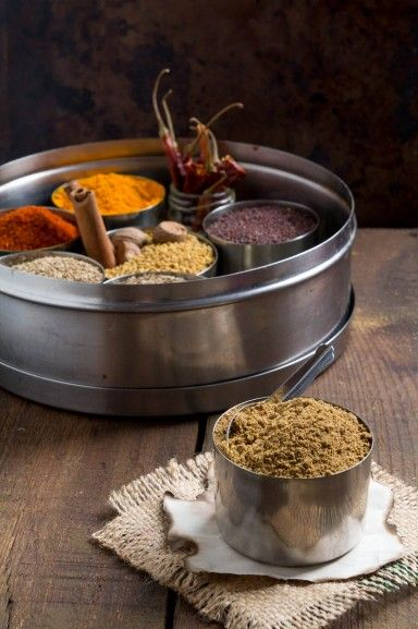 How to make Garam Masala from scratch by Indiaphile.info #curry #recipe