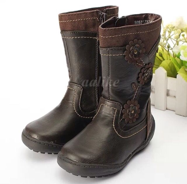 Gorgeous Leather boots  Check them out on my page  www.facebook.com/littletoddlersoles