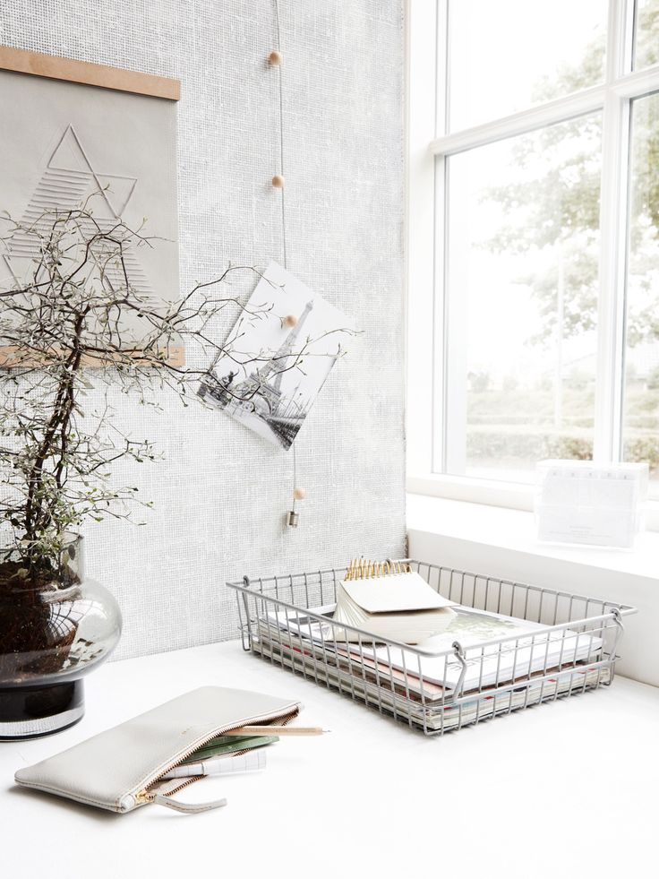 Grey wire basket – Papermash