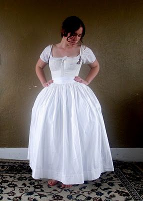 1840 Here is the final shape with the bum pad, the corded petticoat and the plain petticoat.