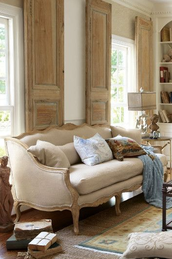Belle Bergere Sofa - Linen Sofa, Throw Pillow Sofa, Soft Sofa | Soft Surroundings