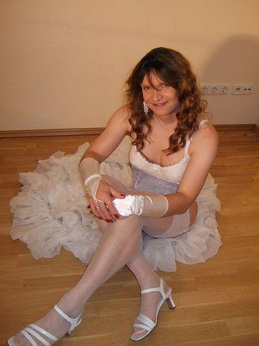 Marie-Christine in bridal lingerie