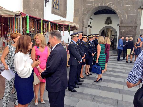 La Policía Local de Las palmas de Gran Canaria festeja a su patrón: El Cristo de La Vera Cruz en Sa...