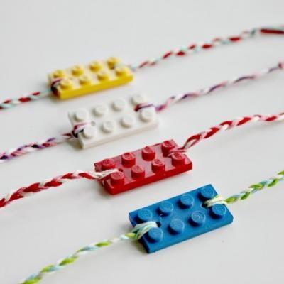 LEGO Friendship Bracelets {Kids Crafts} Im sooooo making this for me and my bestie <3333