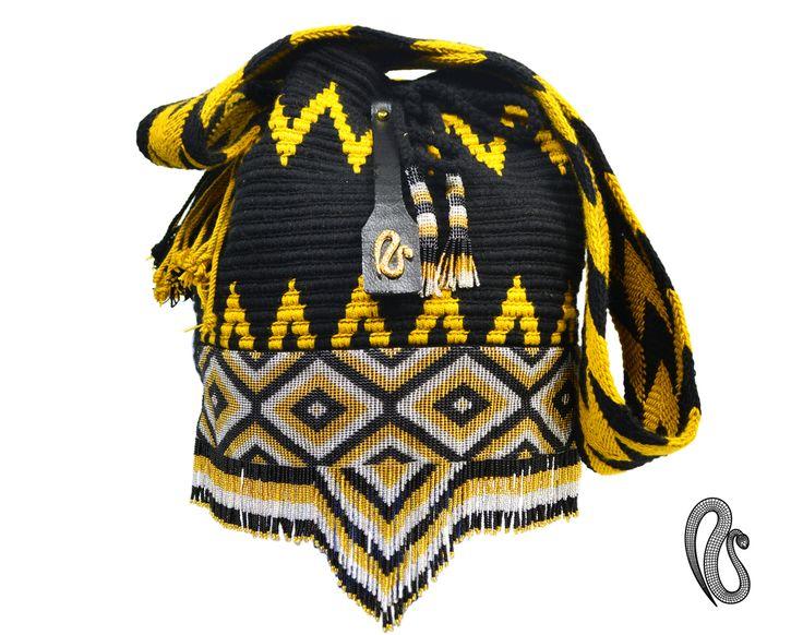 Wayuu Bags Mochilas Wayuu con aplique en chaquira de los Indigenas Embera Chami de Colombia Email- contact@najash.co