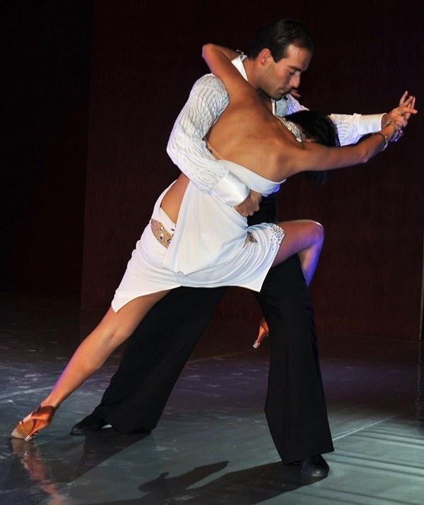 Balli Classici e Moderni per i tuoi eventi e Nozze.