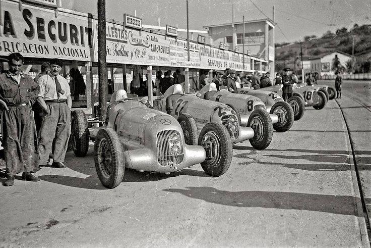 Mercedes-Benz W125 & Auto Union B - Grand prix d'Espagne - circuit de Lasarte 1935 - source François Rossi.
