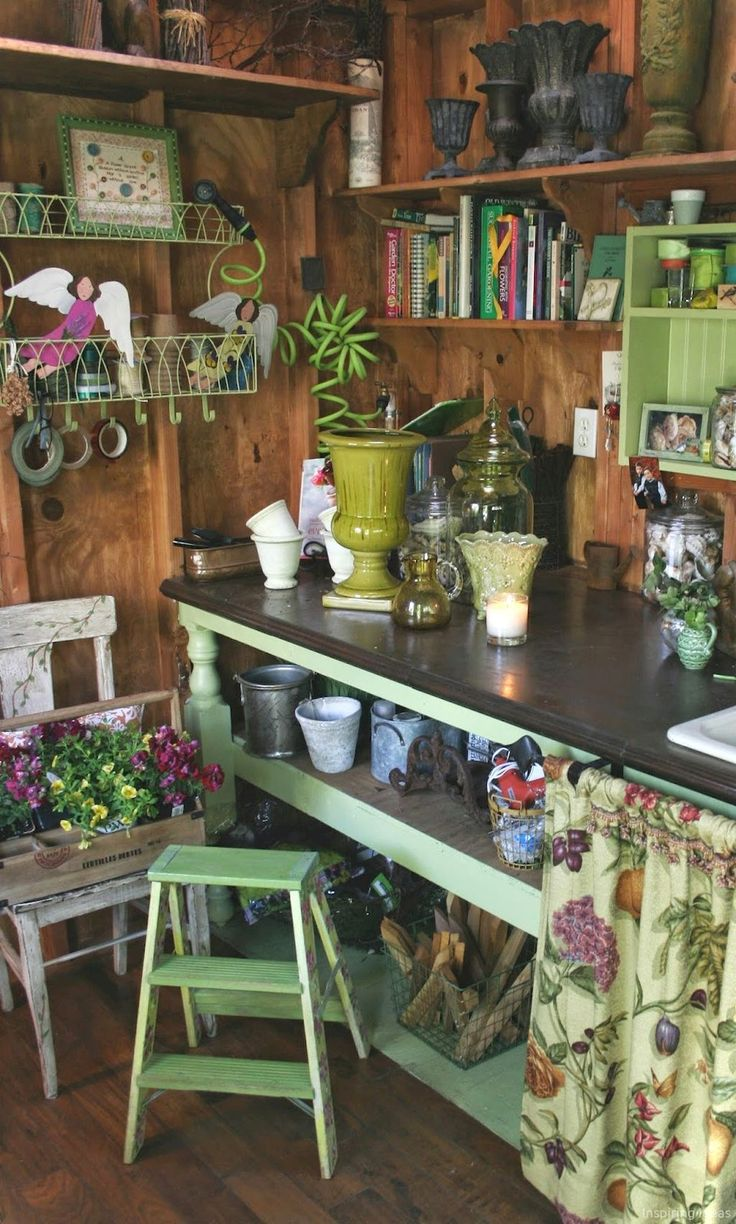 Best 25 she sheds ideas on pinterest man cave garden for Man cave shed plans
