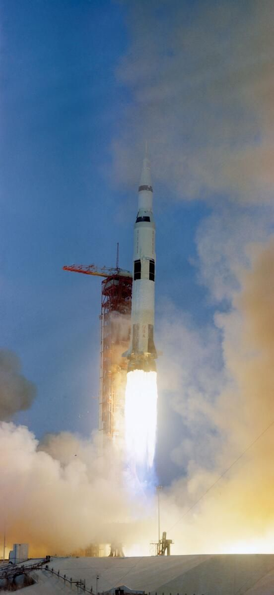 Moon-bound Apollo 13 launches in 1970. A ruptured oxygen tank aborts the mission.