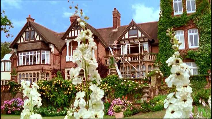 """Mystery location. Used in the Rosemary & Thyme episode """"The Gongoozlers"""", the Agatha Christie's Marple episodes """"Towards Zero"""" and """"The Mirror Crack'd"""" and the 1996 edition of """"The Pale Horse""""."""