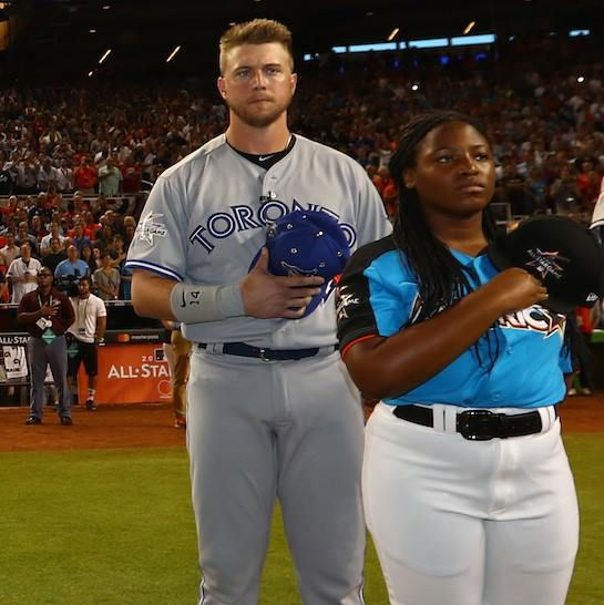 Justin Smoak's first All-Star Game was a great one. Smoaky went 1-for-1 with a single and a walk in his two plate appearances! July 11, 2017