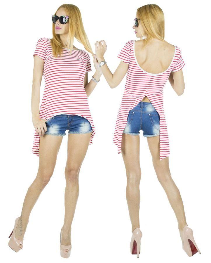 Tricou dama Coco Red  -Tricou dama casual  -Model lejer, ce se aseaza frumos pe corp  -Detaliu spate gol, ce da un plus de senzualitate     Latime talie:35cm  Lungime:55cm  Lungime colt:85cm  Compozitie:100%Bumbac